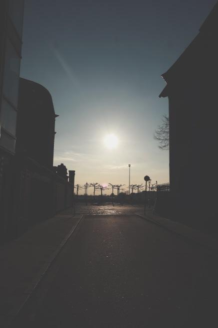 Look at the beautiful sun